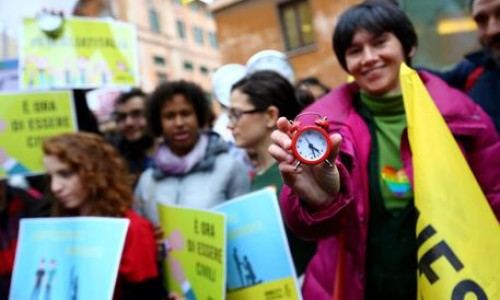Strasburgo, Italia elimini discriminazioni su adozioni