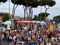 Roma Pride 2016 - Parata - Chi non si accontenta lotta!